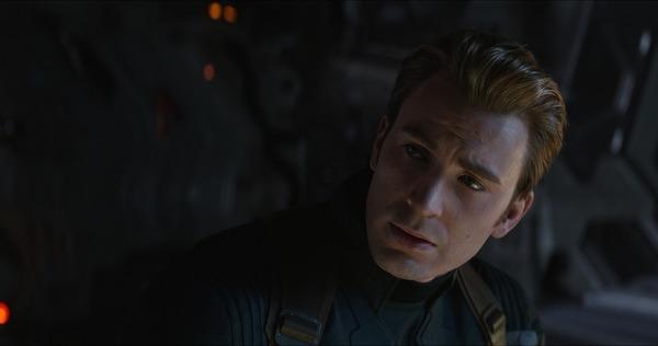 《复仇者联盟4》美国队长被女友抛弃 男神Chris Evans:我想结婚生仔
