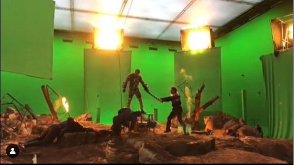 《复仇者联盟4》罗拔唐尼IG放拍摄花絮 剧透禁令解除爆《Avengers 4》另一结局